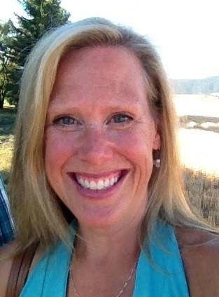 Jennifer Russell headshot